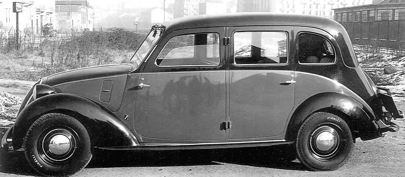 It's a Fiat 508 L / Balilla 1100 L Taxi.